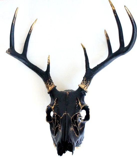 Gold and black deer skull. #Decor #Style
