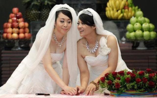 Kemenag batalkan pernikahan lesbian di Padang