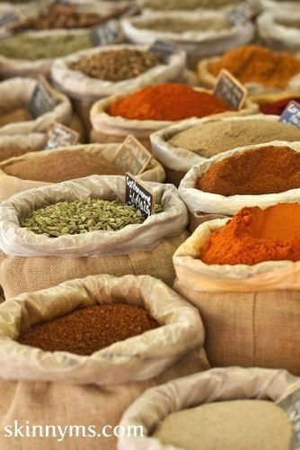 Lose weight with these 10 fall spices! #skinnyms #cleaneating #weightloss #spices