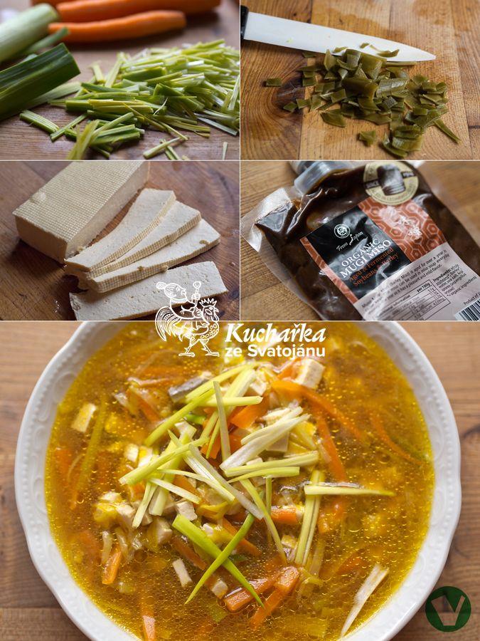 Miso je fermentovaná pasta ze sóji, obilí nebo rýže a je velmi zdravé, protože přispívá ke zdravé mikroflóře našich střev. Nesmí se vařit. P...