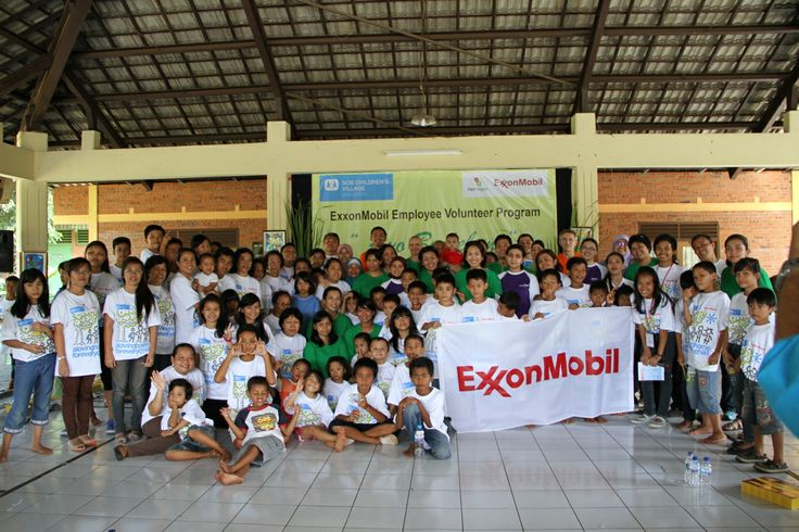 ExxonMobil Employee Volunteer Program di SOS Children's Village Jakarta