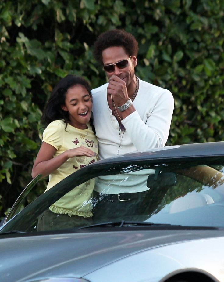 Gary Dourdan - Gary Dourdan & Daugther Out In Beverly Hills