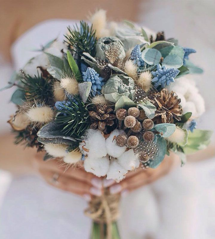 21 stunning wedding bouquets for winter brides!