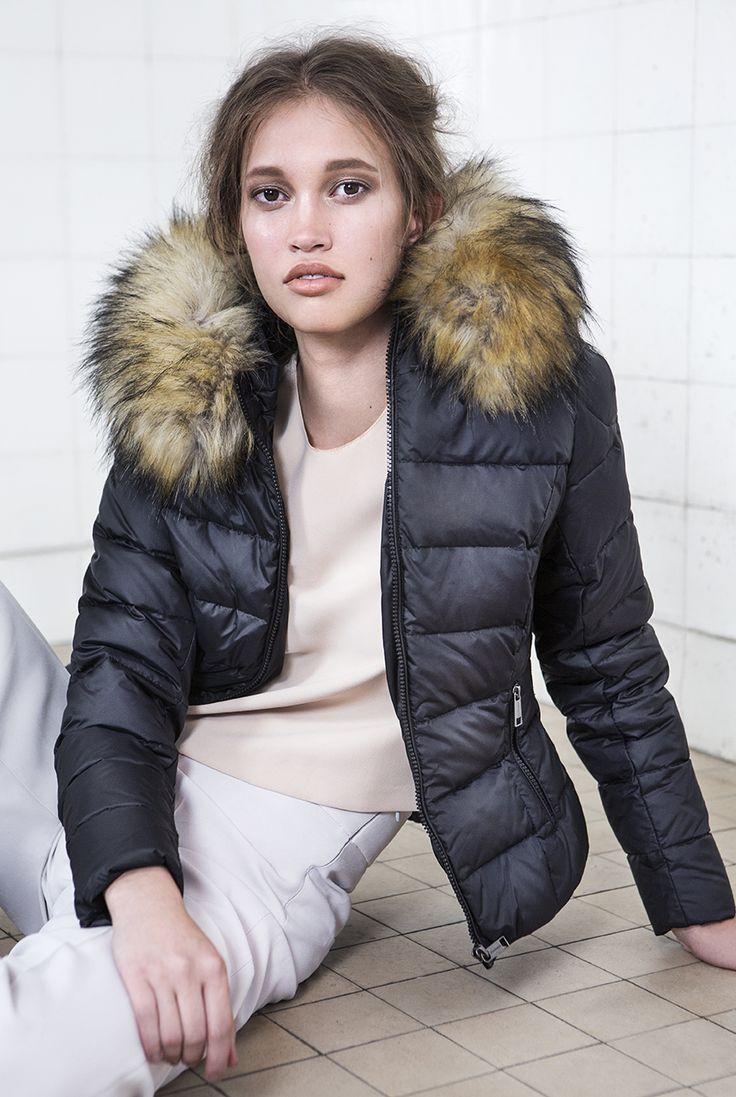 ROCKANDBLUE Shiver Black Faux Fur