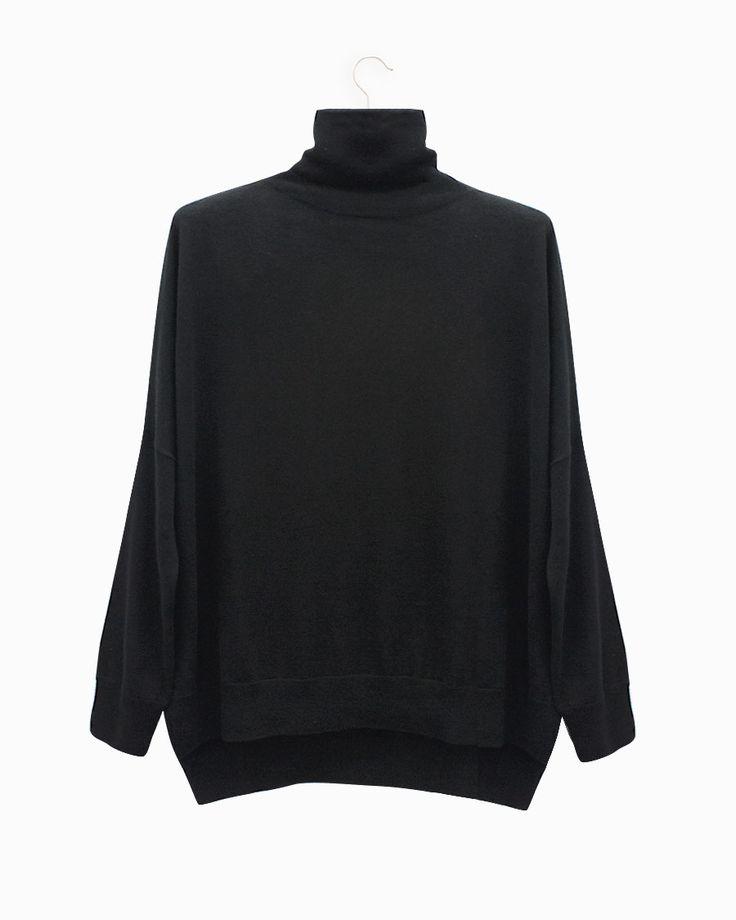 Lebor Gabala black turtle neck sweater. #arropame #conceptstore #bilbao #fashion #moda  #cashmere #fw2015 #musthave