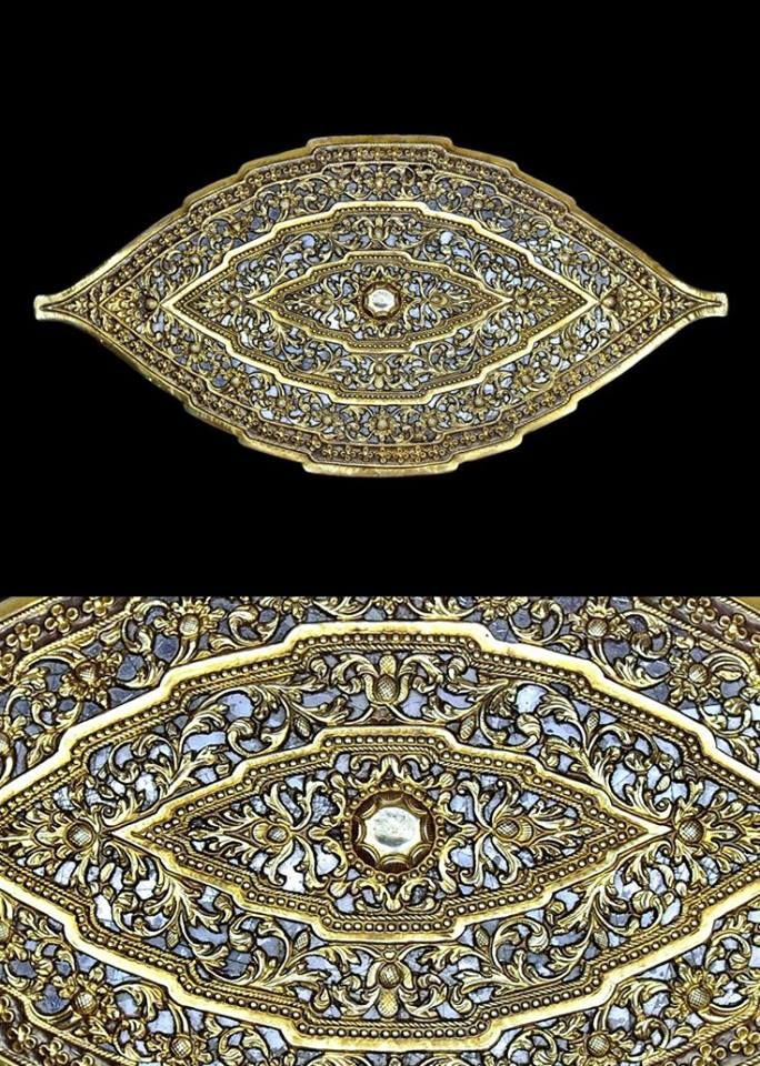 """Belt buckle (""""pending"""": gold and mica face, backed with copper. From Sumatra (Palembang), Indonesia; 19th c. (From Monika Ettlin's postings.)"""