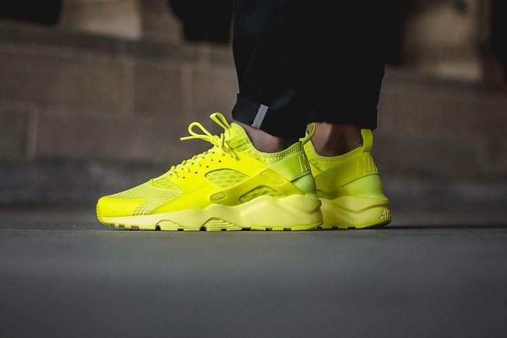Huarache Yellow