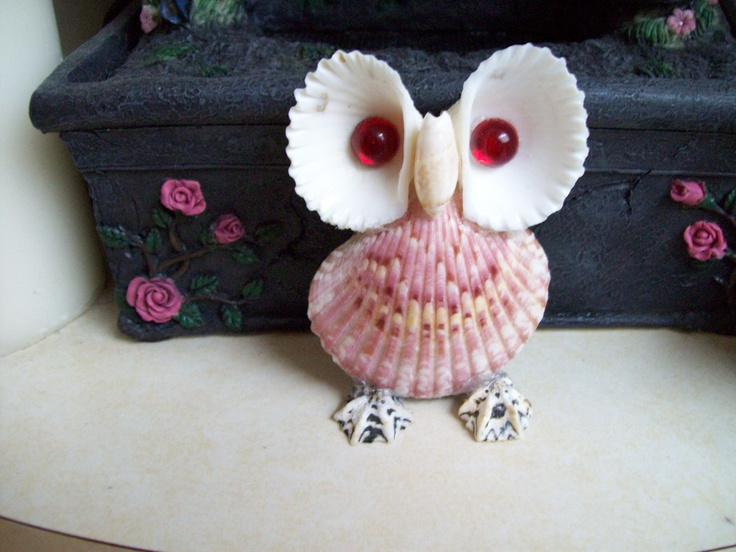 Shell Owl.   Shells, hot glue and decorate gem/stone/bead for eyes