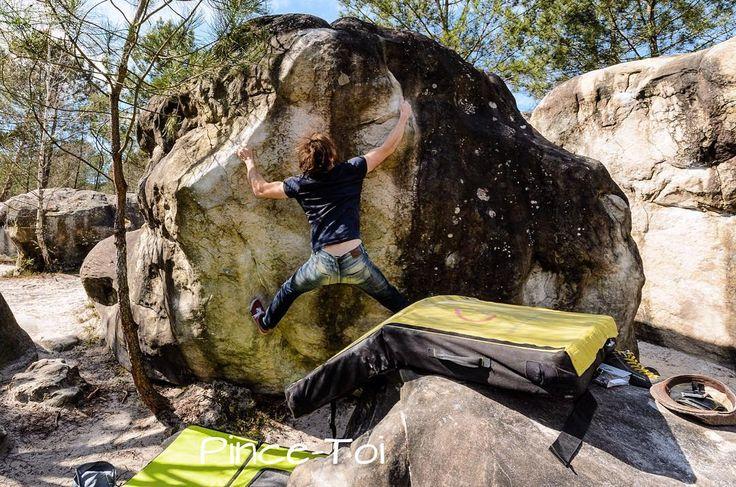 Da blieben die Kletterschuh einfach im Rucksack  . #bouldering #fontainebleau #fsthltn
