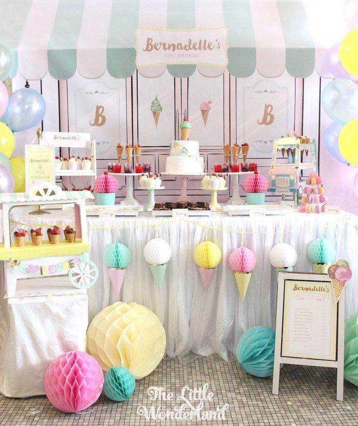 25 beste idee n over verjaardag feest decoraties op pinterest halloween bruiloftversieringen - Versier een entree ...