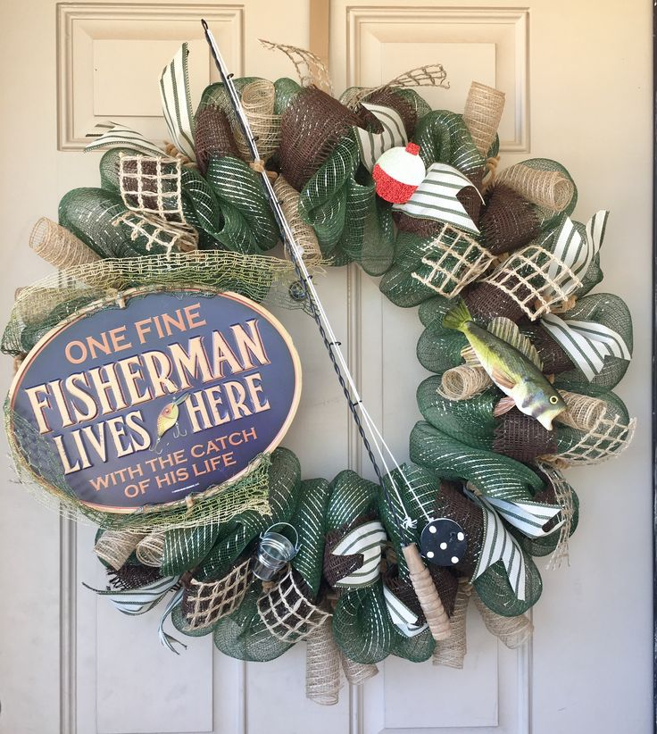 One of my faves! A Fisherman's Home wreath with fishing pole, Bass fish, pail and bobber. Purchase here: https://www.etsy.com/listing/510245528/fisherman-decor-wreath-with-awesome