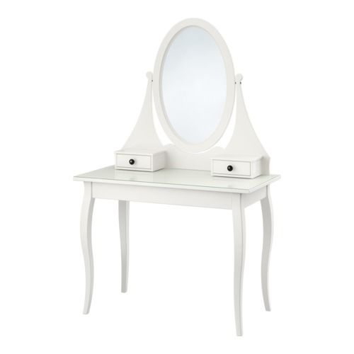HEMNES Toalettbord med spegel IKEA Det finns gott om plats för smink och smycken i de två små lådorna och den stora dolda lådan under toalettbordet.