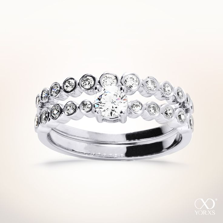 """The """"Ikonis"""" diamond ring has an exclusive design including two rings. It´s fantastic #yorxs #diamantring #doppelring"""