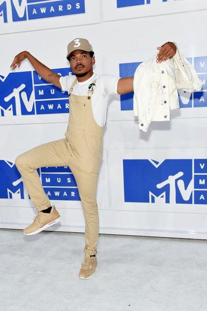 chance the rapper no vma, look monocromático masculino, Os Looks Masculinos do…