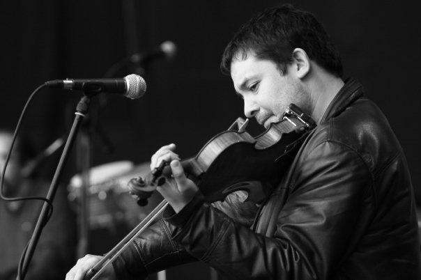Daniel Cantillana. Inti Illimani and Cantillana y los Increibles musician.