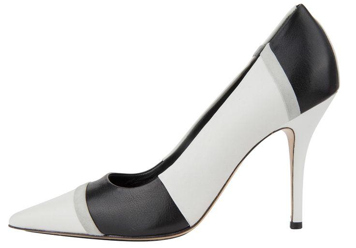 #Högh high heels to complete your elegant look I Trend Black&White #DesignerOutletParndorf