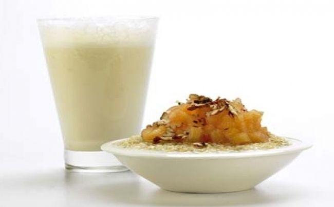 Dulce de quinua con membrillo y jugo de guanábana