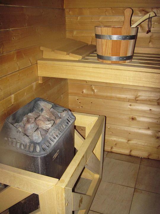 In veel sauna's zijn geuraroma's beschikbaar die het lichaam een extra boost geven.