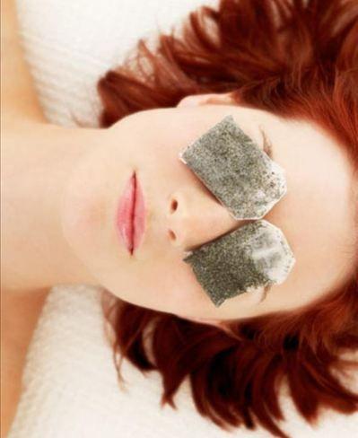 10 truques que aliviam a aparência das olheiras  Eles não diminuem o problema, mas suavizam o arroxeado ao redor dos olhos