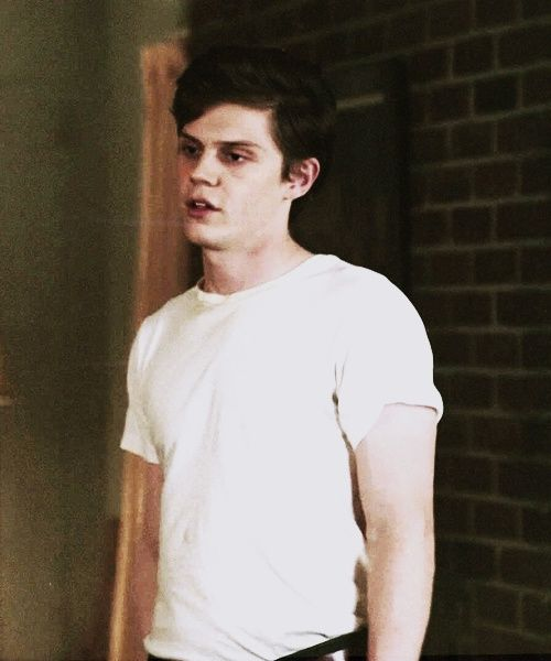 Kit Walker/Evan Peters
