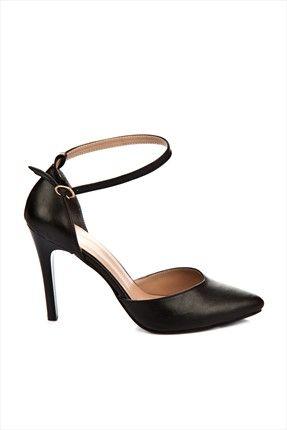 Fox Shoes: Yüksek Topuklar - Siyah Topuklu  Ayakkabı 5389016309 %50 indirimle 59,99TL ile Trendyol da