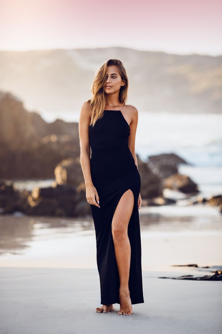 Kenzas.se - The Great blog from the amazing swedish Kenza Zouiten. Great sense of style. A girl to follow! long black dress, long blond hair, sand, beach, sea, summer, ocean, cape town, south africa, glamorous, girl, blogger, fashion