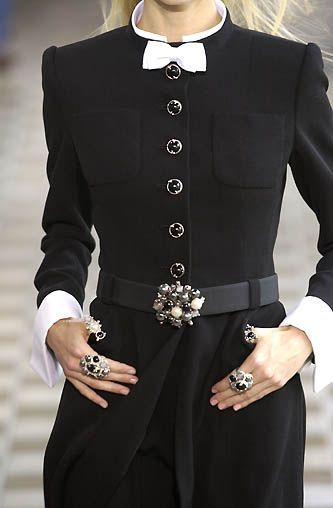 nice I love everything about this coat, but the accessory on the coat is a little to ...