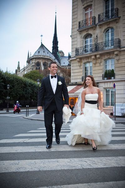 Elopement in Paris Destination wedding idea Repinned by Moments Photography www.MomentPho.com