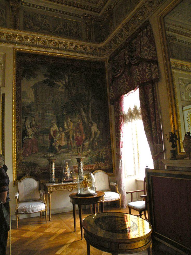248 best pavlovsk palace russia images on pinterest for Grand bureau