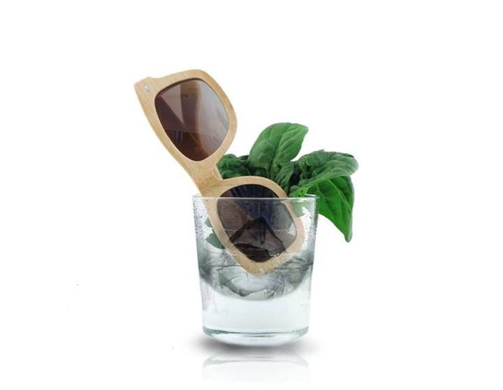 [ECOlution] è fresca - it's Fresh!!  #bamboo #sunglasses #raleri #ecolution More on: http://bit.ly/ECOlutionBrand
