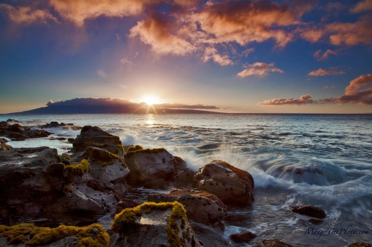 Seasonal Weather: A cool 70-something degrees in December on the beach in Maui | Hawaii Pictures of the Day