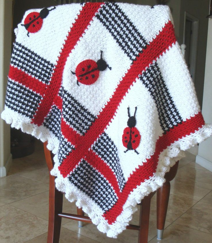 Free Crochet Ladybug Blanket Pattern : 334 best images about Crocheted baby blankets/afghans on ...