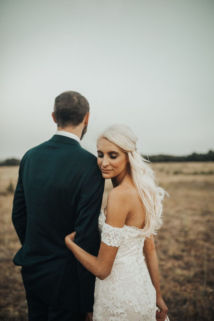 Real Wedding: Katie + Ethan :: Lush Jane Hill Gown at the Prospect House