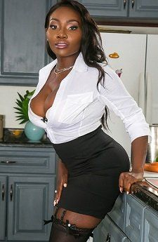 Osa Lovely  chocolate goddess in 2019  Ebony girls Sexy ebony Gorgeous women