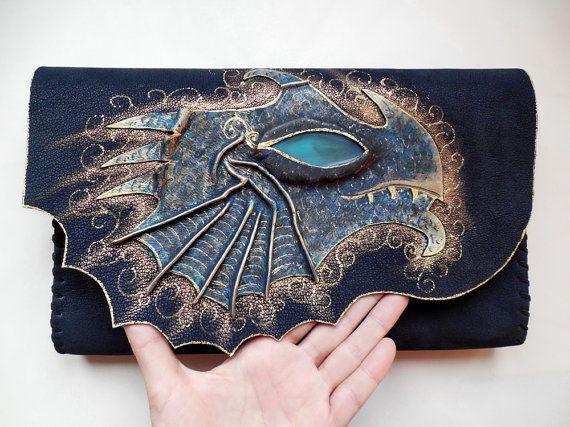 Dragon clutch Dragon gift Dragon eye bag Fantasy by spiculdegrau