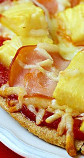 Hawaiian Pita Pizzas | gimmesomeoven.com