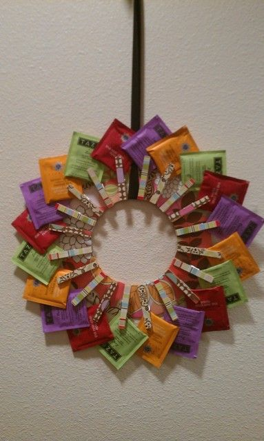 Tea Wreath - looks like a FUN project, which would also make a great gift for any tea lover out there!