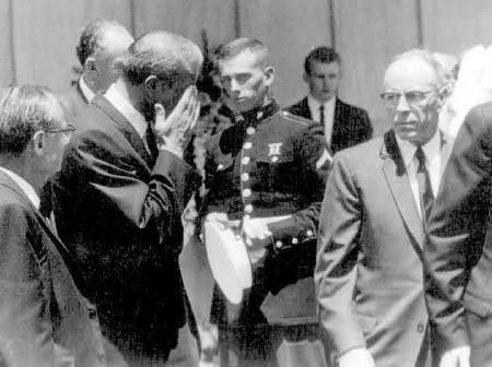 Image result for marilyn monroe funeral, joe dimaggio