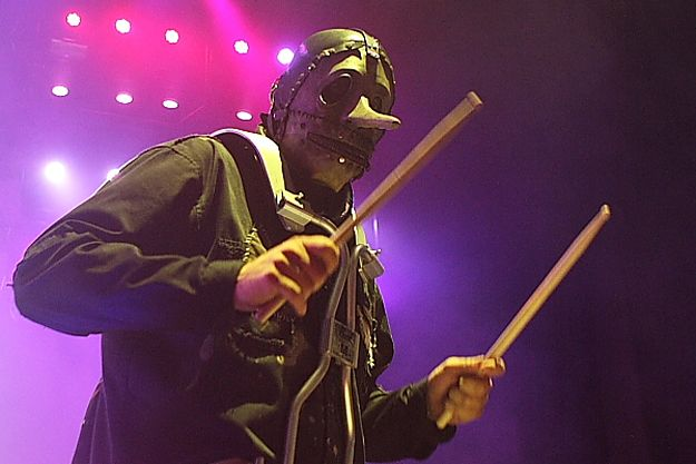 SLIPKNOT'S CHRIS FEHN DISHES ON MAYHEM FESTIVAL, KNOTFEST + MORE