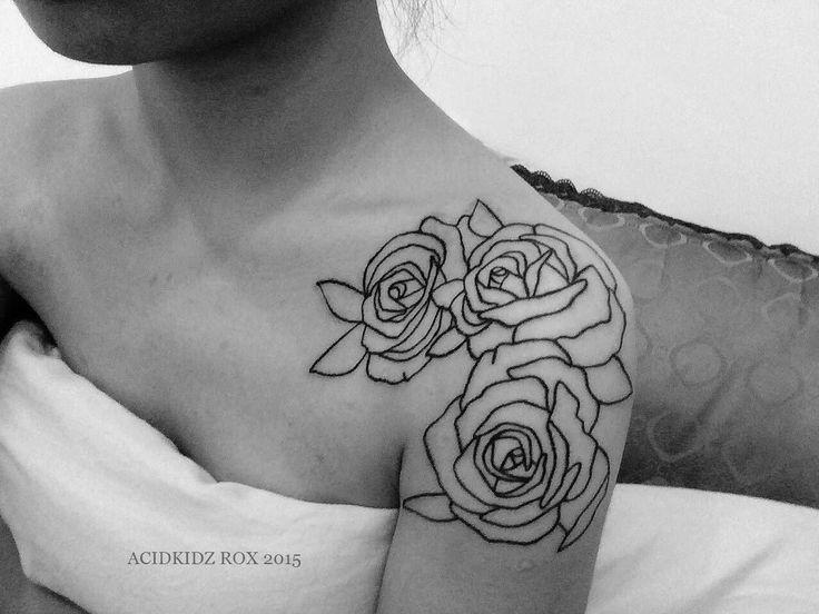 Taiwan, Kaohsiung | roxiehart666 | acidkidz tattoo | shoulder | rose | outline tattoo