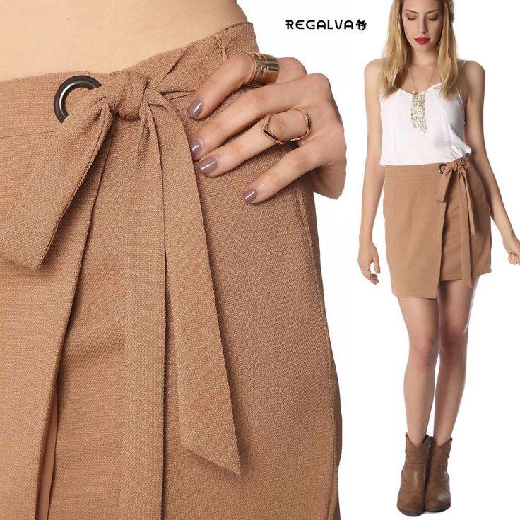 Afronta la llegada del buen tiempo y presume de estilo, con esta prenda camel, que se convertirá en el básico de tu armario. Ver ▶ https://regalva.com/categoria-de-producto/faldas-mujer/ #outfit #faldas #minifalda #camel #moda #blogger #ropa #mujer