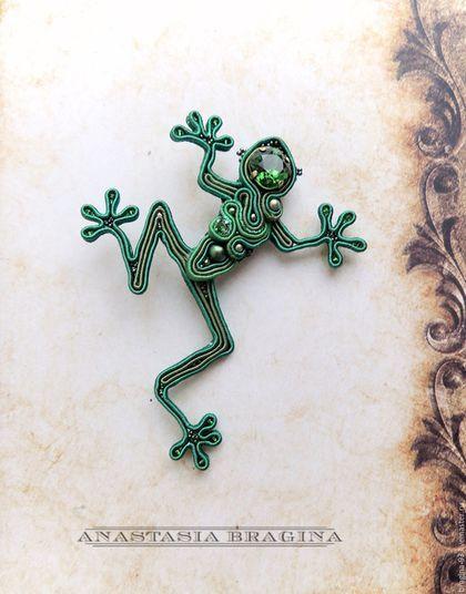 """Броши ручной работы. Ярмарка Мастеров - ручная работа. Купить Сутажная брошь """"Царевна-Лягушка"""". Handmade. Зеленый, лягушка"""