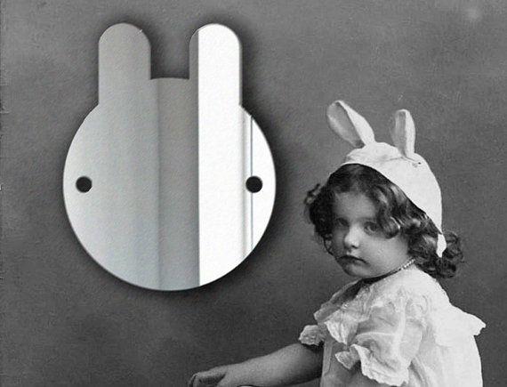 Specchio di plastica a forma di coniglietto di LazyLittleLuckyGirl