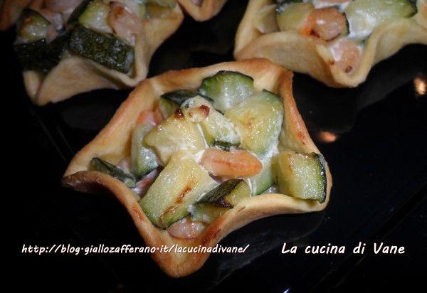 cestini di pasta con gamberetti e zucchine