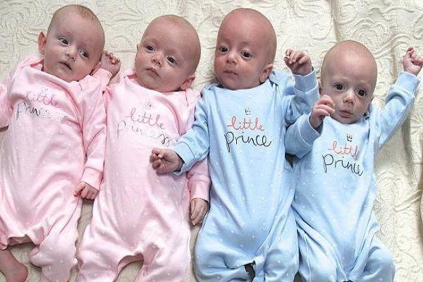 4 gemelli non identici unici