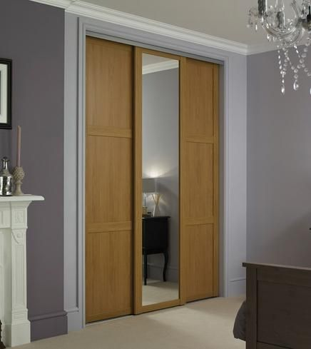 Shaker Panel & Mirror Door Oak | Sliding Wardrobe Doors | Doors & Joinery | Howdens Joinery
