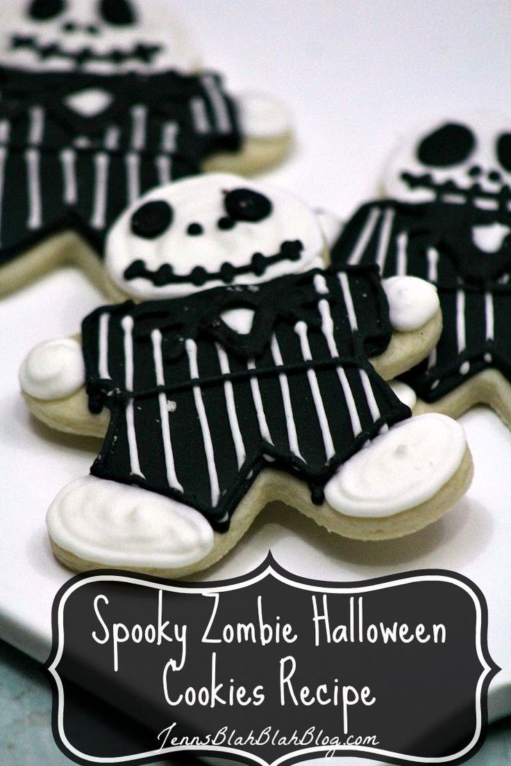 I can't wait for Halloween to get here! Not only do I love helping the kids get their Halloween costumes together, I love baking fun Halloween goodie