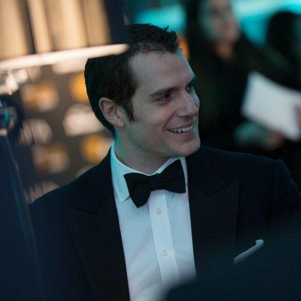 New photos of Henry Cavill at last night's @BAFTA Film Gala. See their gallery  http://bit.ly/1QwhVpf  #EEBAFTAs