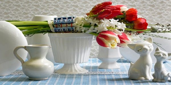 Room Decoration by Flowers