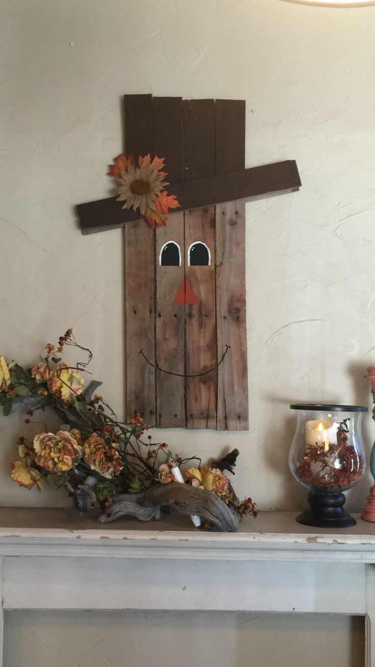 Scarecrow Made From Old Pallet Wood Fall Pinterest